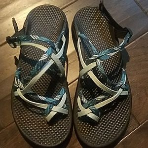 Chaco size 6